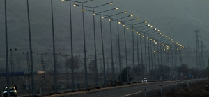 Dicle Elektrik Gercüş çevre yolunu aydınlattı