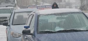 Sürücü adaylarının karla imtihanı