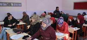 Suriyeli öğretmenlere hizmet içi eğitim