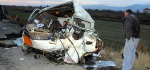 Manisa'da trafik kazası: 2 ağır yaralı