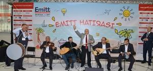 Vali Necati Şentürk İsmail Altunsaray ile bozlak okudu