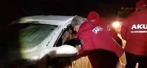 Bingöl'de baba ve kızı karda mahsur kaldı