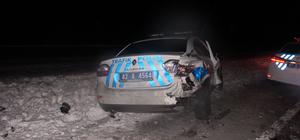 Konya'da kaza yerine giden polis aracına otomobil çarptı