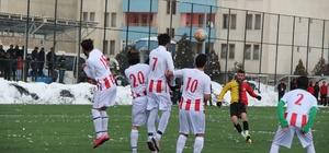 25 Mart Oltuspor, Pasinler'i 3-2 mağlup etti
