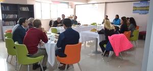 Karahisar Gençlik Merkezi eğitmenleri bir araya geldi
