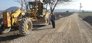 Kırkağaç'ın iki mahallesinde asfalt çalışması yapılıyor