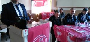 Demokrat Parti Kütahya'da kongrelerine hız verdi