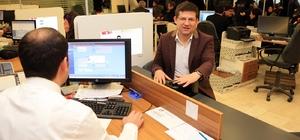 Başkan Subaşıoğlu yeni kimlik kartı başvurusunu yaptı
