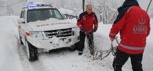 112 Acil Servis ekiplerinin karla zorlu mücadelesi