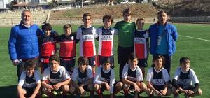 Şampiyon U 14'ler İzmir 'play-off'larında yarışacak