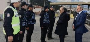 Vali Demirtaş, Pozantı Emniyeti'ni ziyaret etti