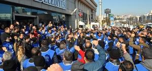 Karabağlar'da belediye işçileri greve gitti
