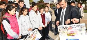 Başkan Çetin'den sporculara malzeme yardımı