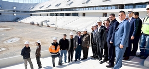 Başkan Sözlü stadyum inşaatını gezdi