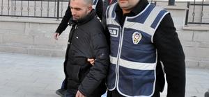 Hakkında 15 yıl hapis cezası bulunan kişi çatıda yakalandı