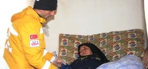 Paletli ambulansla hastaneye kaldırıldı