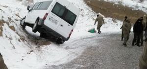 Şiddetli rüzgar Sincik'te hayatı olumsuz etkiliyor