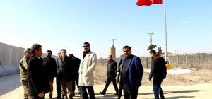 Milletvekilleri çadır kente incelemelerde bulundu