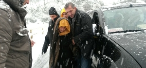 Rize'de  2 Hasta Özel İdare Ekiplerince Kurtarıldı
