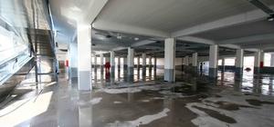 Bayraklı'daki dev pazar yeri projesi tamamlandı
