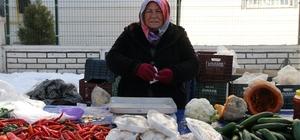 Gezici semt pazarı kadınların umut ışığı oldu