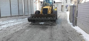 Diyadin'de karla mücadele çalışması