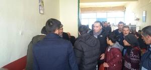 Diyadin Kaymakamı ve Belediye Başkan Vekili Mekan Çeviren, esnafı ziyaret etti