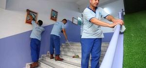Bağcılar'daki okullarda yarıyıl temizliği
