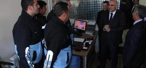 Vali Zorluoğlu, kayyum atanan ilçede incelemelerde bulundu