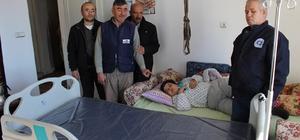 Büyükşehir Belediyesinden Zona Hastasına yatak yardımı