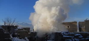 Kayseri'de çıkan 3 ayrı yangında maddi hasar meydana geldi