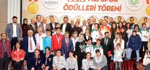 Meram'da sporcular altınla ödüllendirildi