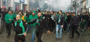 Tatangalar'dan Afjet Afyonspor maçı öncesi görkemli yürüyüş