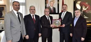 Erzurumlulardan Akgül'e teşekkür ziyareti