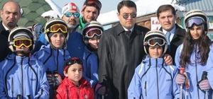 Tutaklı öğrencilere kayak malzemesi desteği