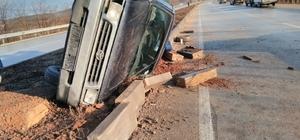 Yolda kayan kamyonet takla attı: 1 yaralı