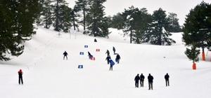 Muratdağı Termal Kayak Merkezi'nde kış etkinliği