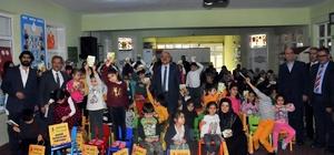 Akşehir Belediyesi'nden öğrencilere 25 bin 200 kitap