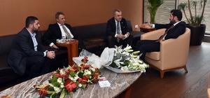 Fikret Orman'dan Başkan Hazinedar'a ziyaret
