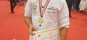 Uluslararası İstanbul Mutfak Günleri'nden birincilikle döndü