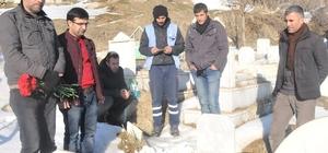 Gazeteci Davut Çimen mezarı başında anıldı