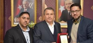 Ayn-ı Ali Spor Kulübünden Başkan Çerçi'ye plaket