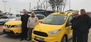 Alaplı'da taksiciler araçlarını yeniliyor
