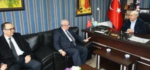 Başkan Albayrak Saray'da ziyaretlerde bulundu