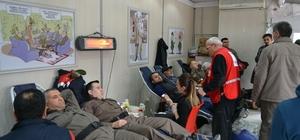 Kulu'da Jandarma'dan kan bağışı