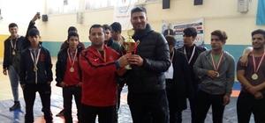 Adilcevaz Anadolu İmam Hatip Lisesi il birincisi oldu