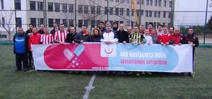 Sağlık çalışanları futbol turnuvasında bir araya geldi