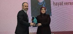 """Başkan Toru'ya """"Bacıbey"""" ödülü"""
