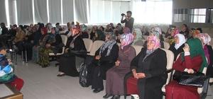 Kadın gezici semt pazarcılarıyla toplantı yapıldı