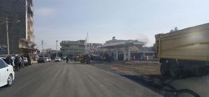 Yakıt istasyonunun bahçesinin asfaltlanması mahallelinin tepkisine neden oldu